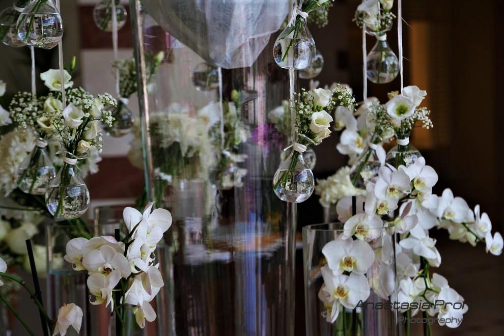 Отель, приготовление к свадьбе