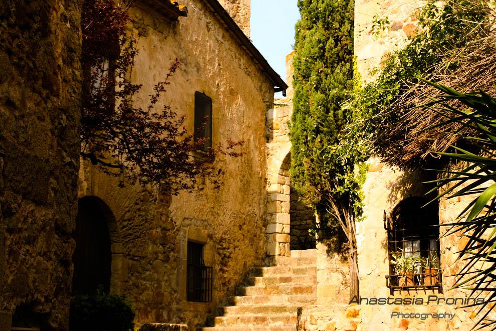 Средневековая каталонская романтика.  Фото-маршруты по самым романтичным местам Каталонии.