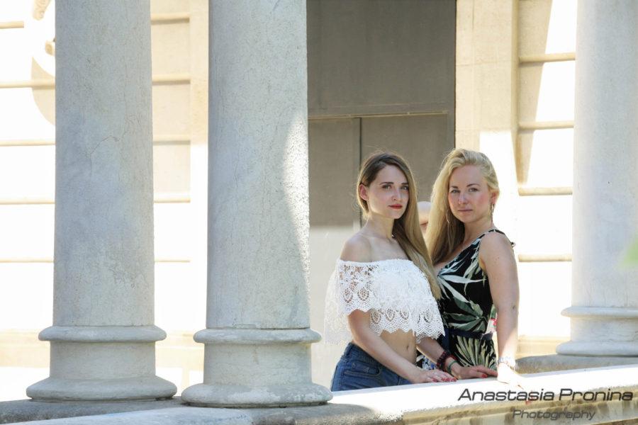 Подруги. фотосессия для девушек в Барселоне